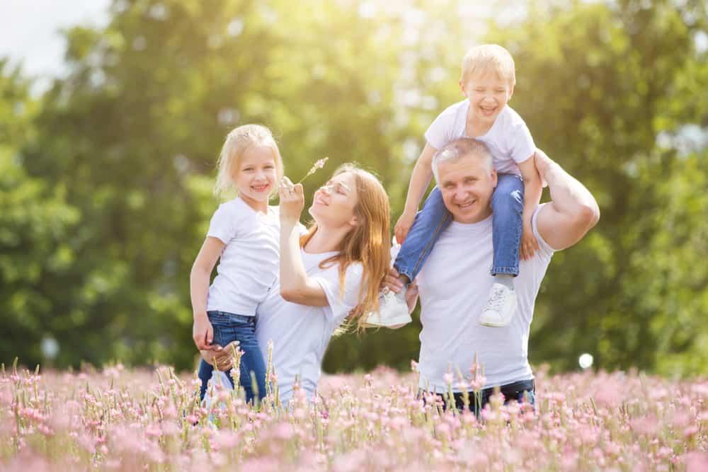 La vida está llena de retos y entre ellos uno de los más importantes es ver crecer feliz a quienes amamos