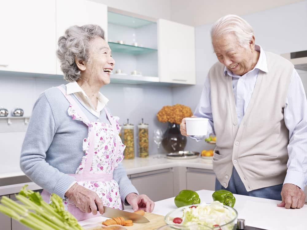 La buena comunicación y el amor son ingredientes esenciales en las zonas azules para ser longevos