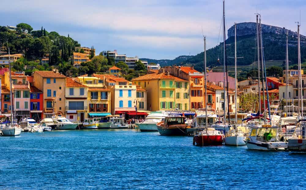 Visitar Cassis es inspirarse con la belleza y el colorido de una ciudad para alimentar el alma