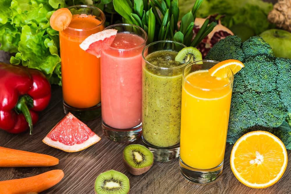 Los colores más bellos y energéticos para preparar tus jugos detox, limpiar tu organismo y regalarte mucha energía y salud.